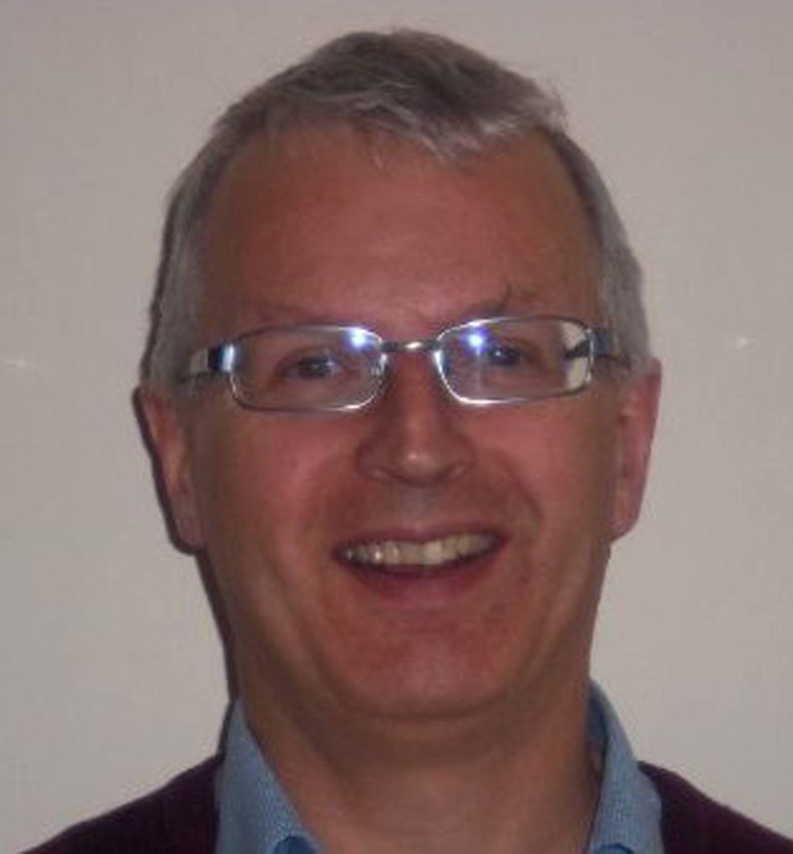 Dr Neil Sullivan